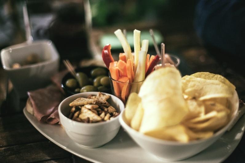 food-vegetables-italian-restaurant-large
