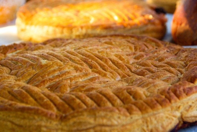 galette-des-rois-pastry-dessert-slab